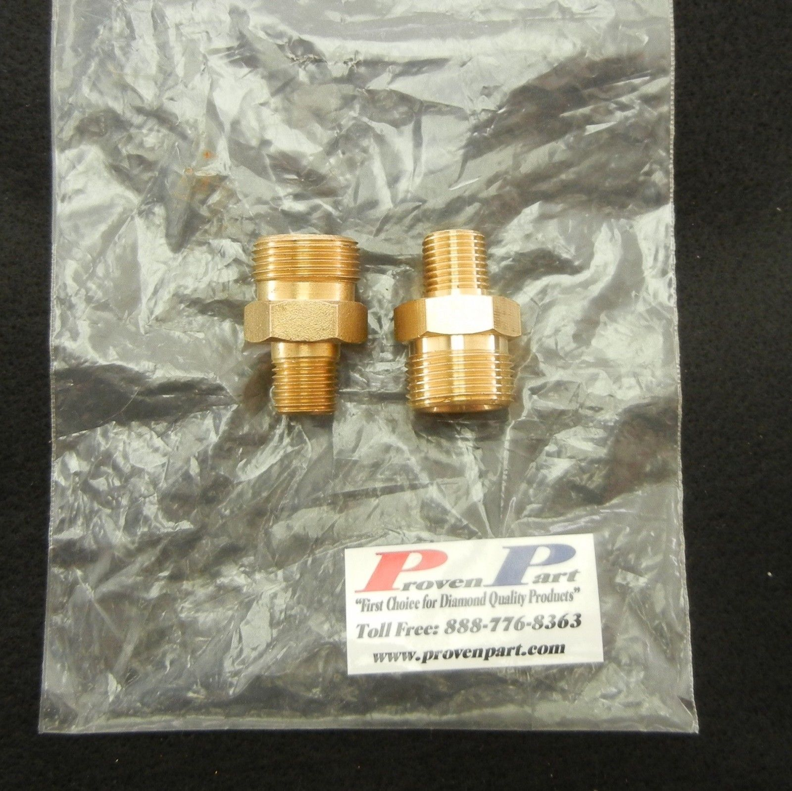 "SCREW-TYPE DISCONNECT FITTING 1/4"" MALE M22MALE BRASS T12"